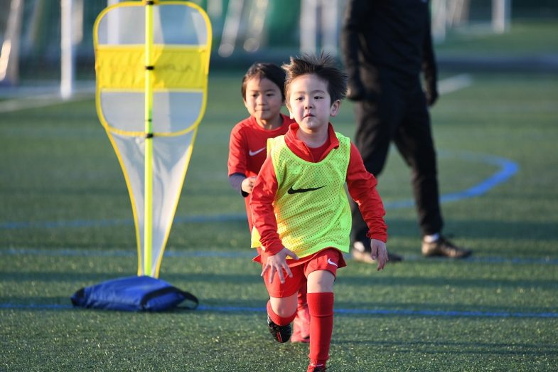 麻布―サッカースクール練習風景